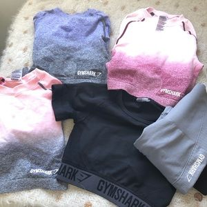Gymshark Lot of 5 XS PIeces. 4 tops and 1 legging